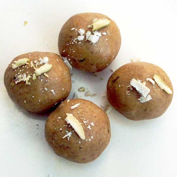 Besan Laddo-Chickpea Flour Sweet Balls