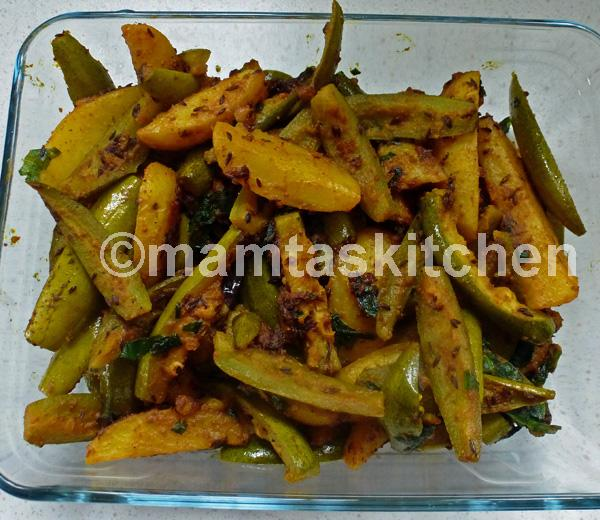 Parval (Pointed Gourd) and Potato Bhaji 1 (dry)