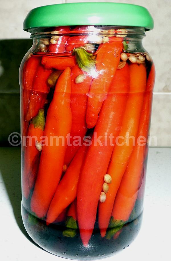 Chilli Pickle 7 in Brine and Vinegar