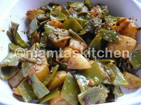 Mange Tout & Potato Bhaji/Sabji