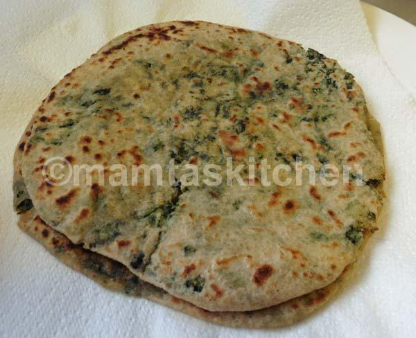 Paratha With Alu & Palak Stuffing (Potato & Spinach) 1