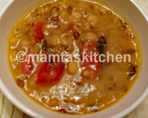 Channa And Mung Dal Mixed With Kasoori Methi